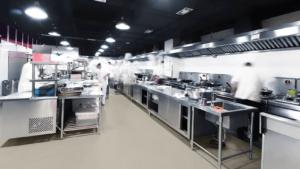Suelos y revestimientos imperneables para cocinas industriales
